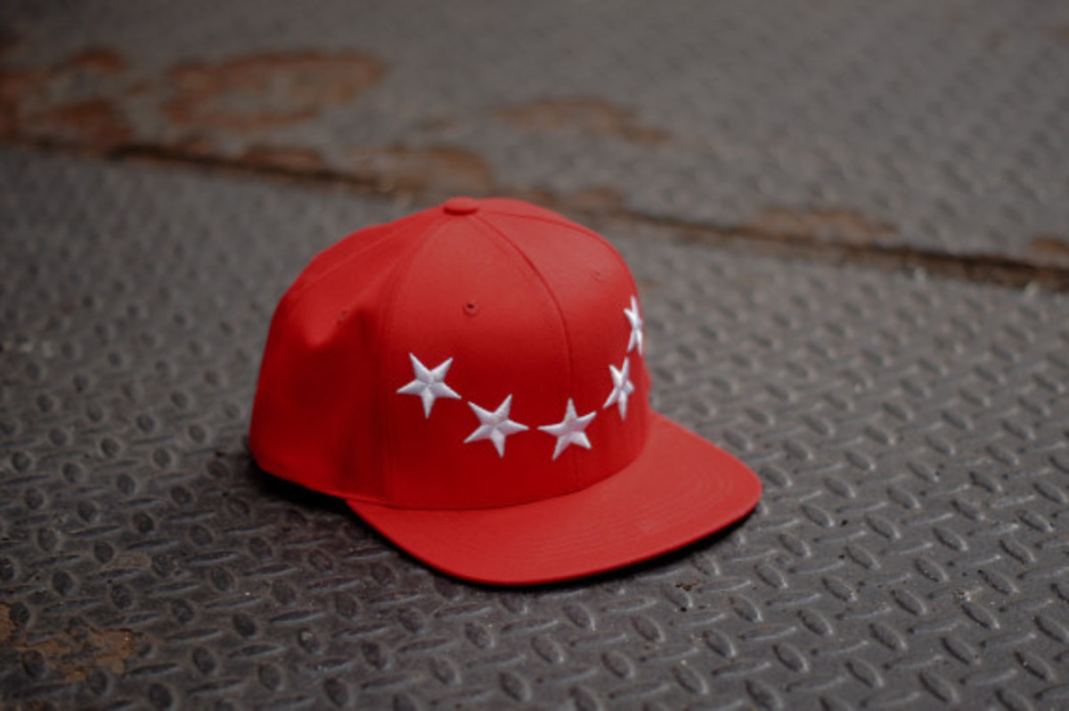 40oz-nyc-givenchy-inspired-stars-snapback-caps-07