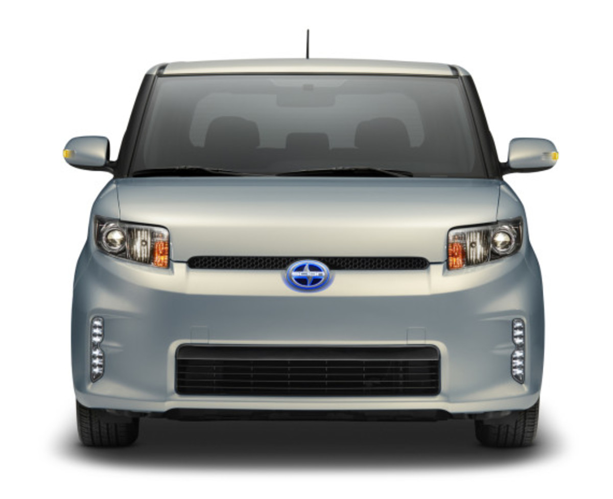 scion-10th-anniversary-special-edition-models-36
