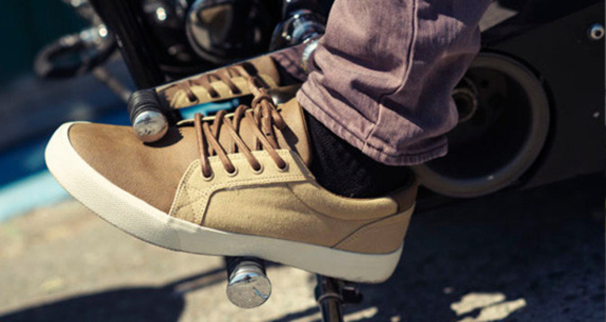 dc-shoes-w1910-double-label-collection-preview-16