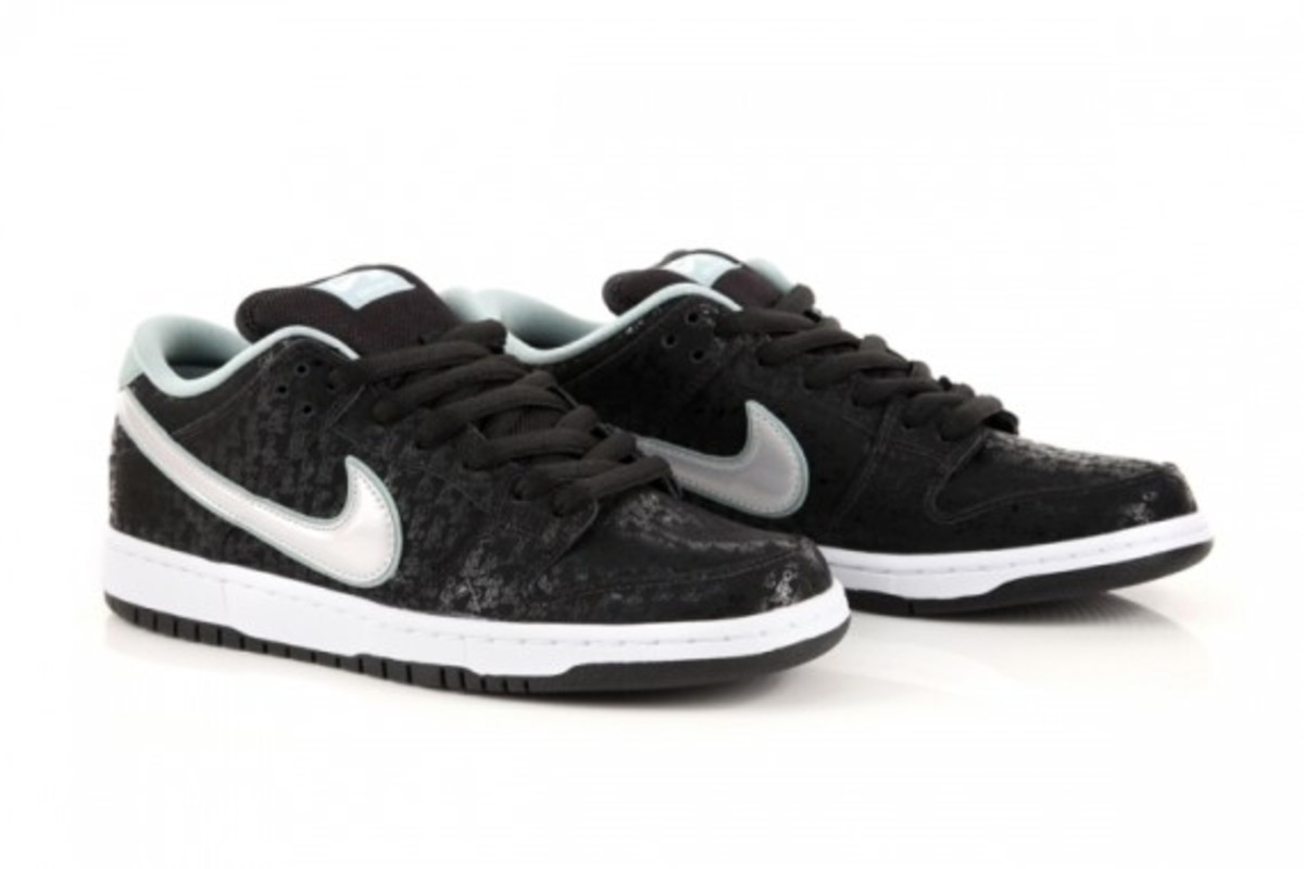 sports shoes 3afce 423d2 Skatepark of Tampa x Nike Dunk Low - Freshness Mag