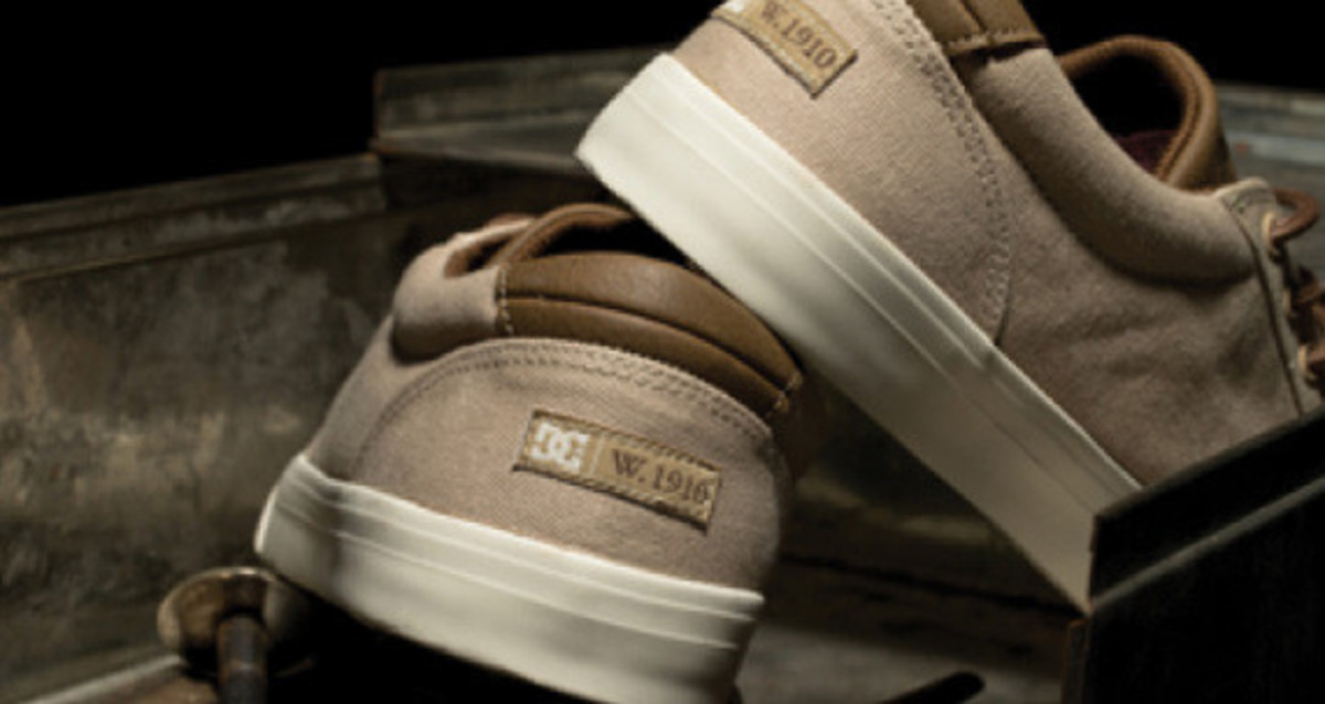 dc-shoes-w1910-double-label-collection-preview-05