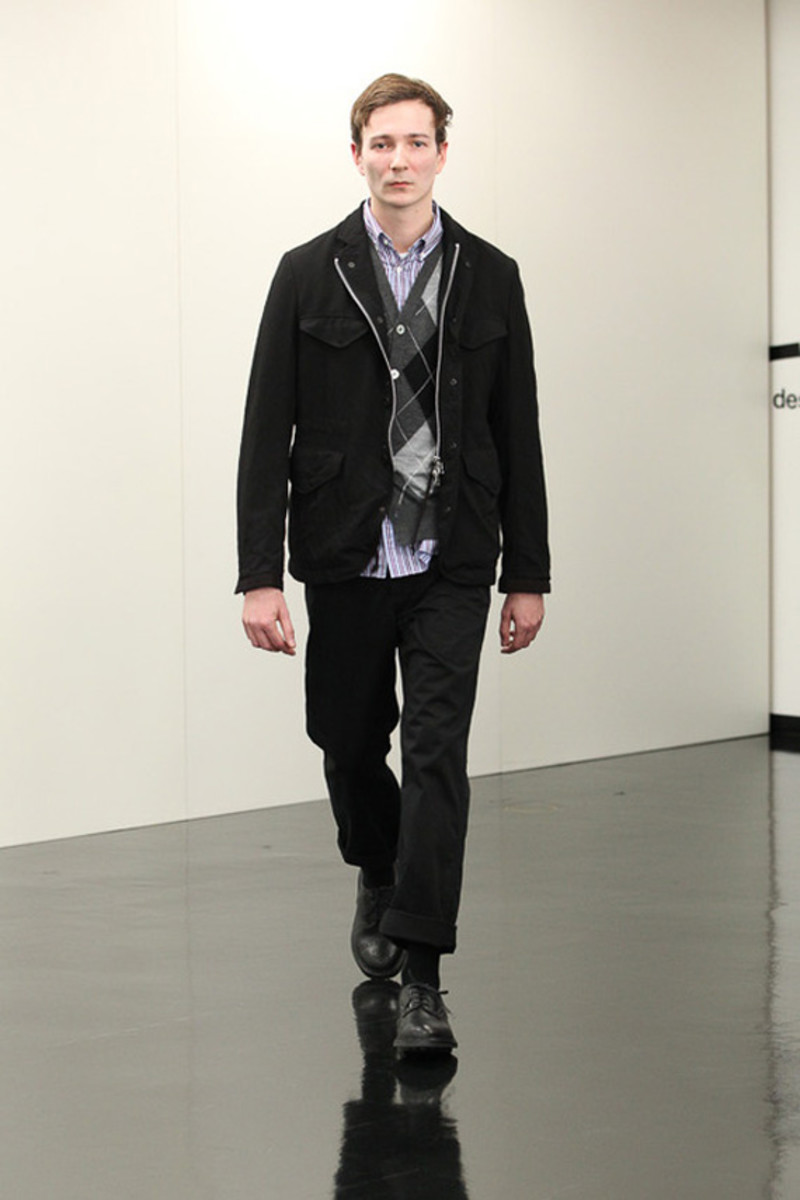 comme-des-garcons-homme-fall-winter-2013-collection-runway-show-24