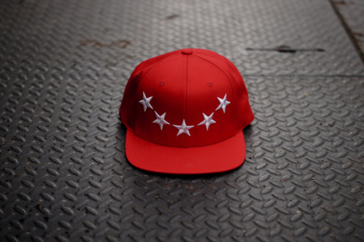 40oz-nyc-givenchy-inspired-stars-snapback-caps-06