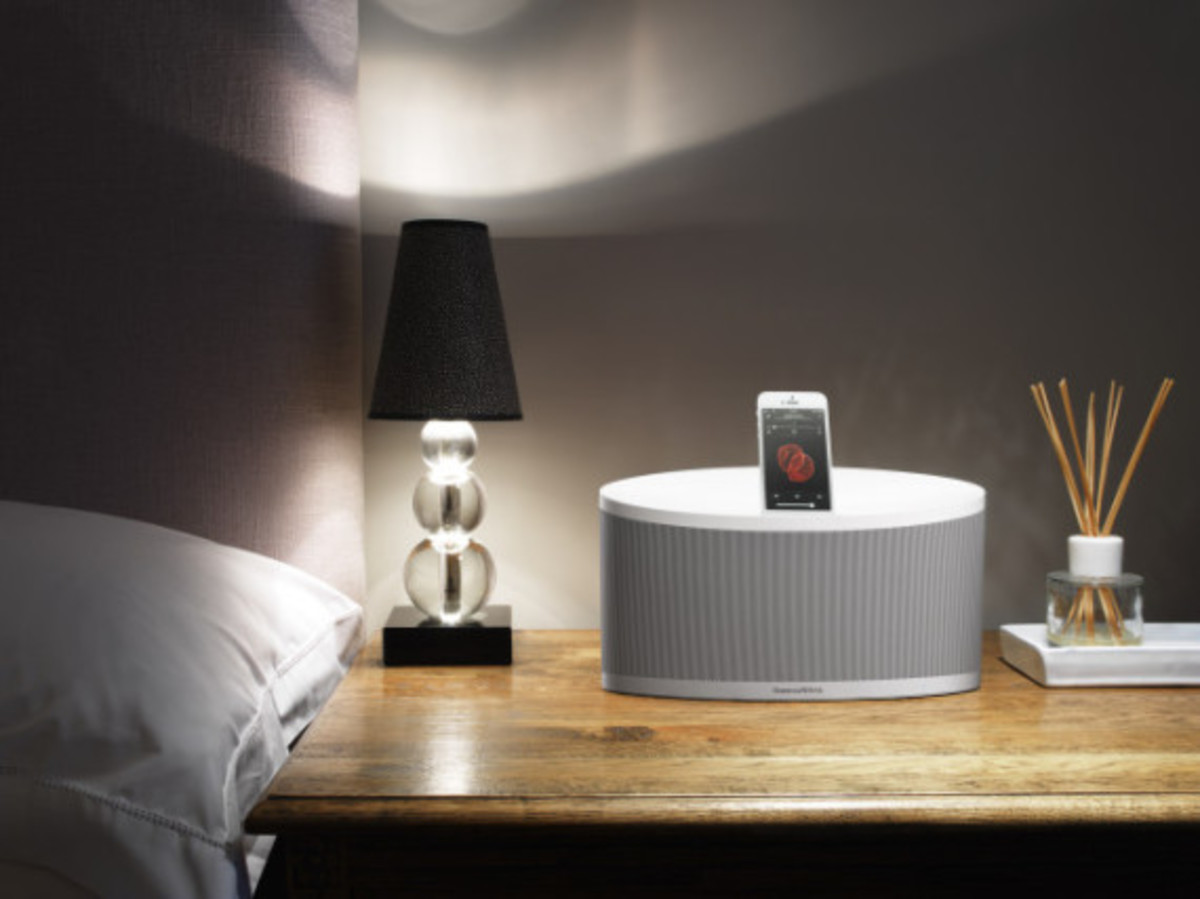 bowers-and-wilkins-z2-wireless-speakers-05