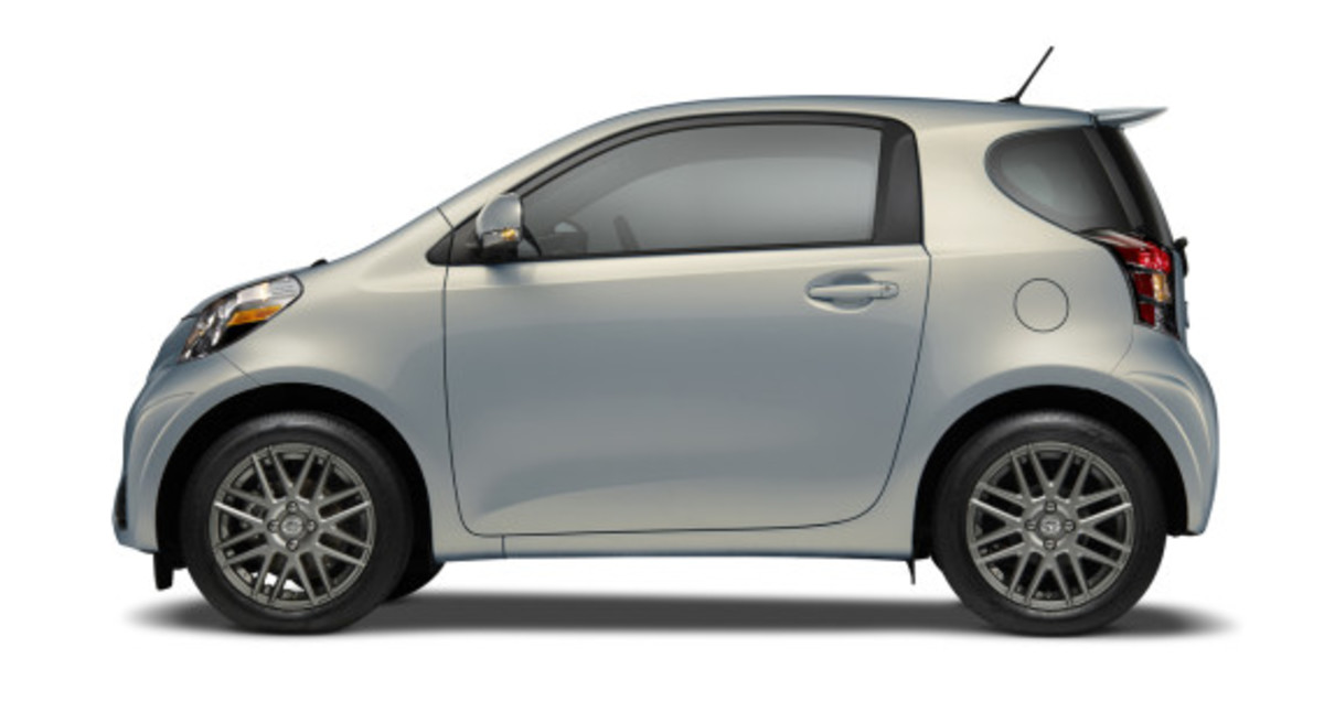 scion-10th-anniversary-special-edition-models-25