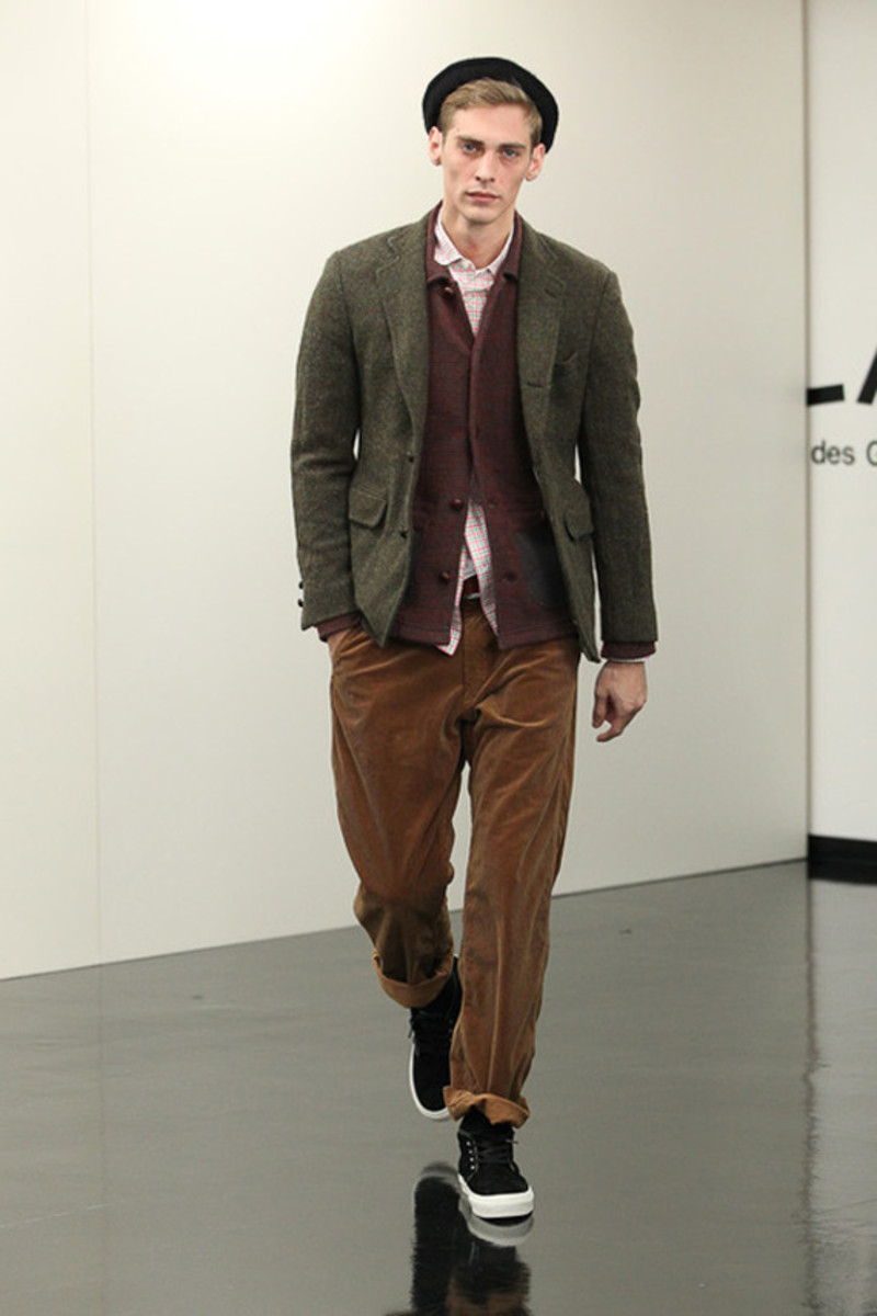comme-des-garcons-homme-fall-winter-2013-collection-runway-show-12