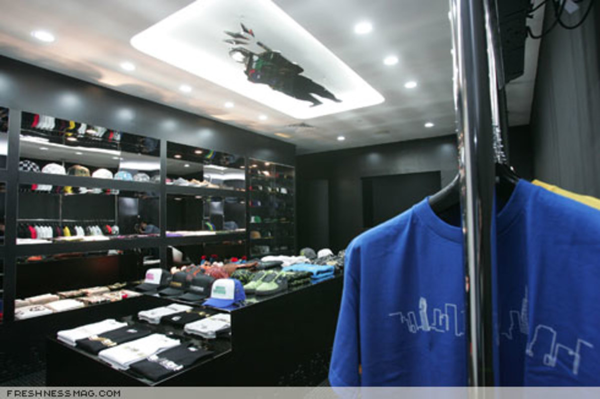 Freshness Feature: Black Chamber - Singapore - 1