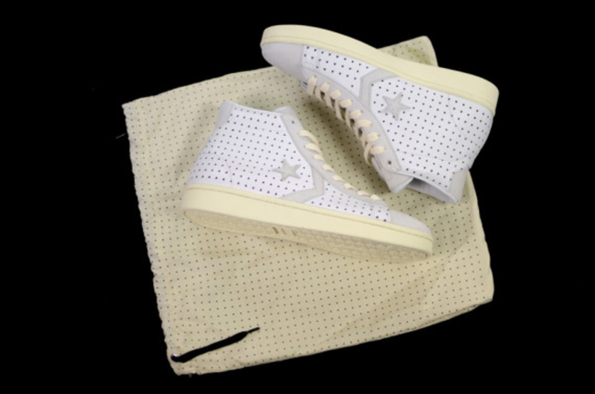 ace-hotel-converse-first-string-pro-leather-06
