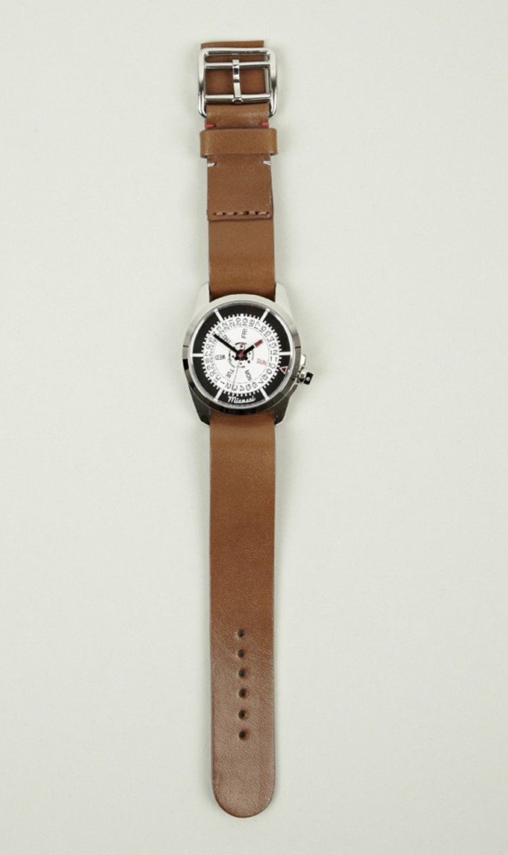 miansai-m1-tan-leather-strap-watch-03