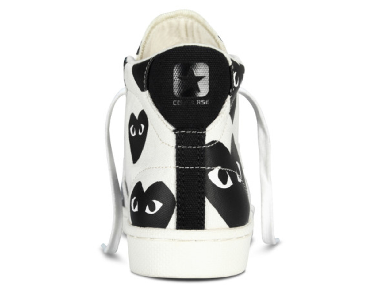 comme-des-garcons-play-x-converse-pro-leather-hi-06