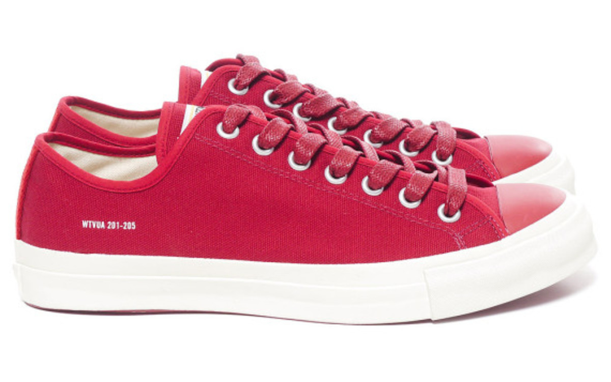 wtaps-spring-summer-2013-canvas-sneakers-06