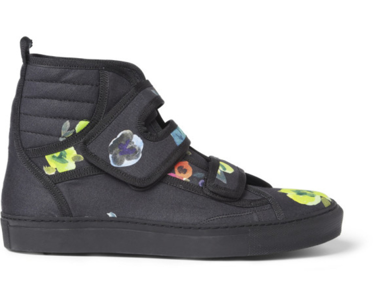 raf-simons-mr-porter-exclusive-flower-print-high-top-sneakers-03