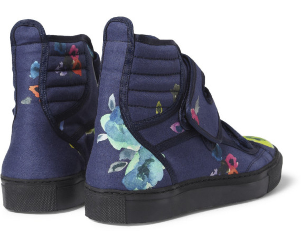 raf-simons-mr-porter-exclusive-flower-print-high-top-sneakers-08