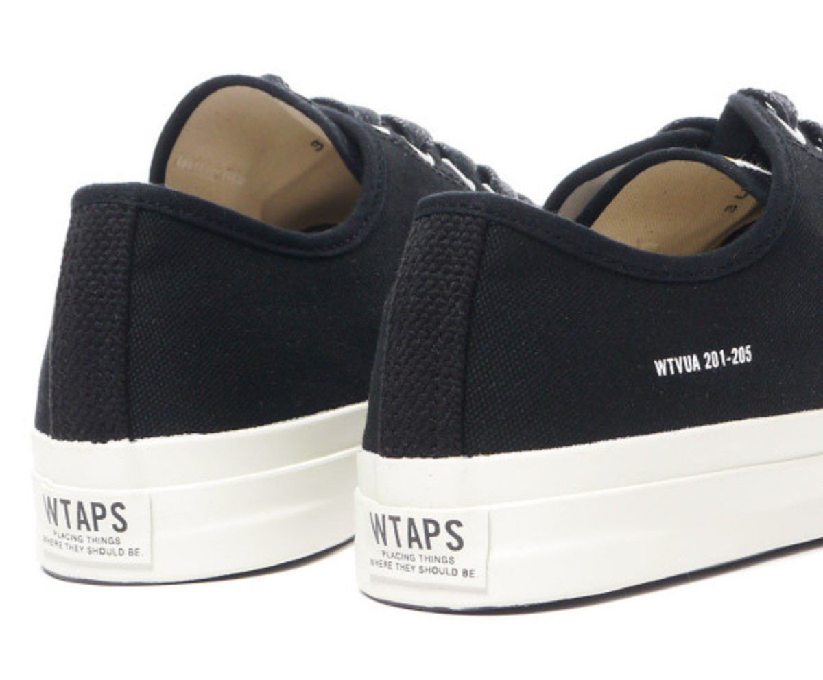 wtaps-spring-summer-2013-canvas-sneakers-04