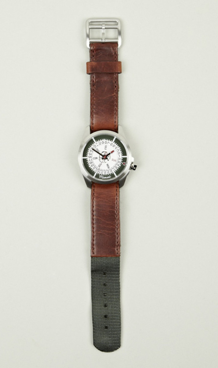 miansai-m1-green-ribbon-tan-leather-strap-watch-03