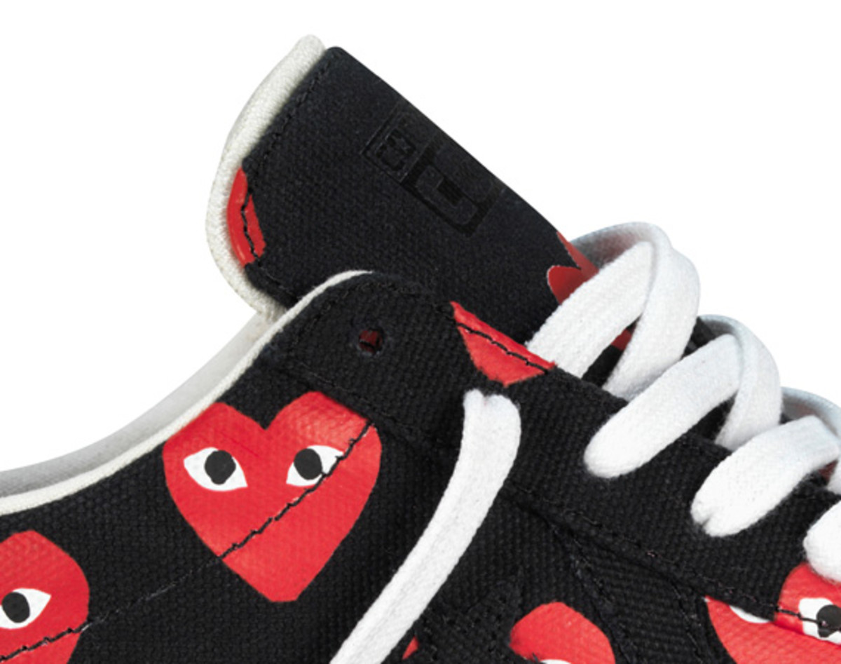 comme-des-garcons-play-x-converse-pro-leather-ox-05