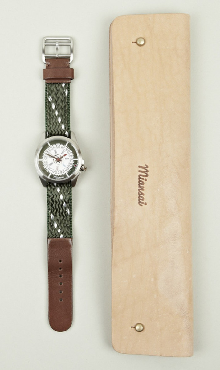 miansai-m1-hunter-rope-brown-leather-strap-watch-06