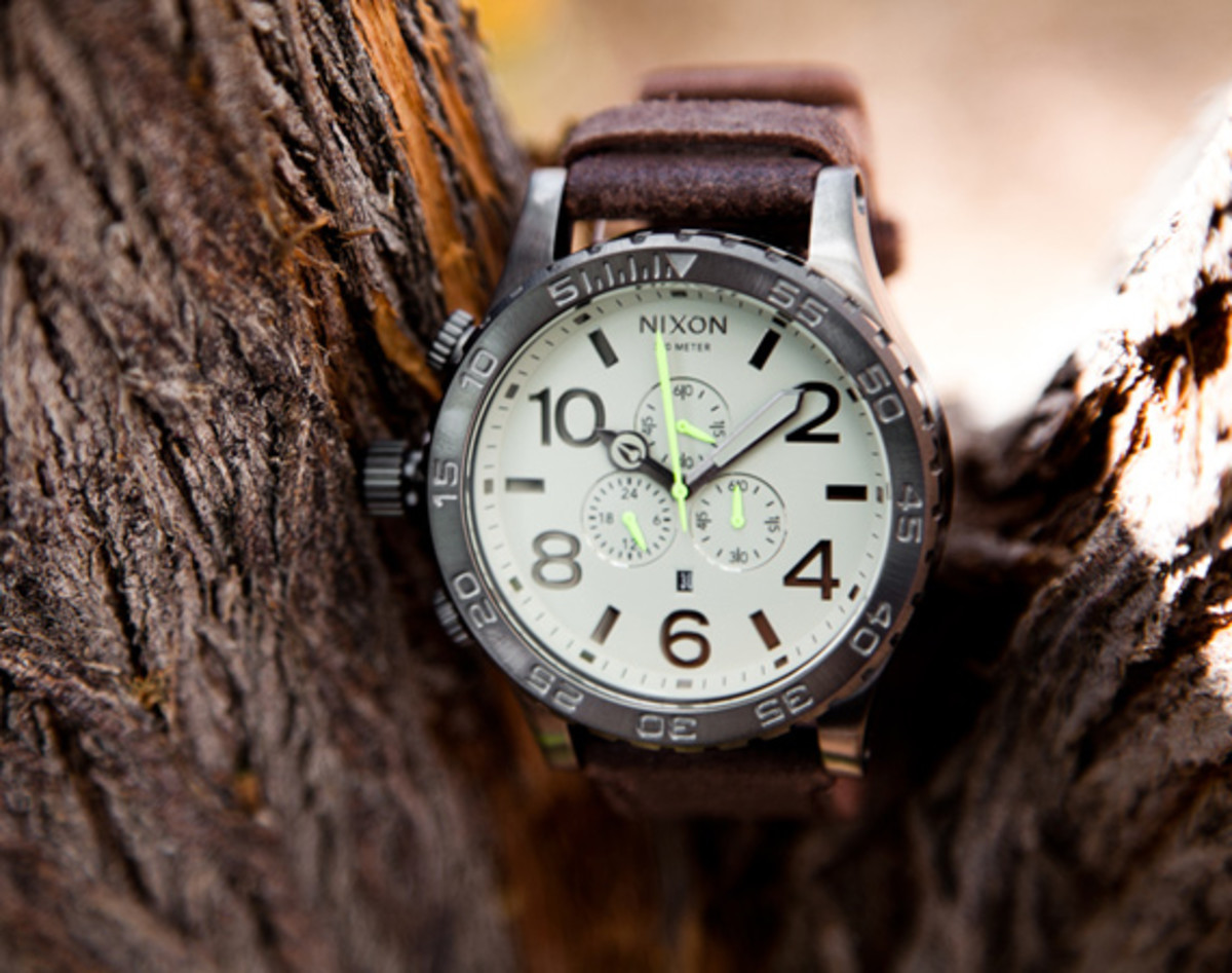 main-nixon-51-30-gunmetal-brown