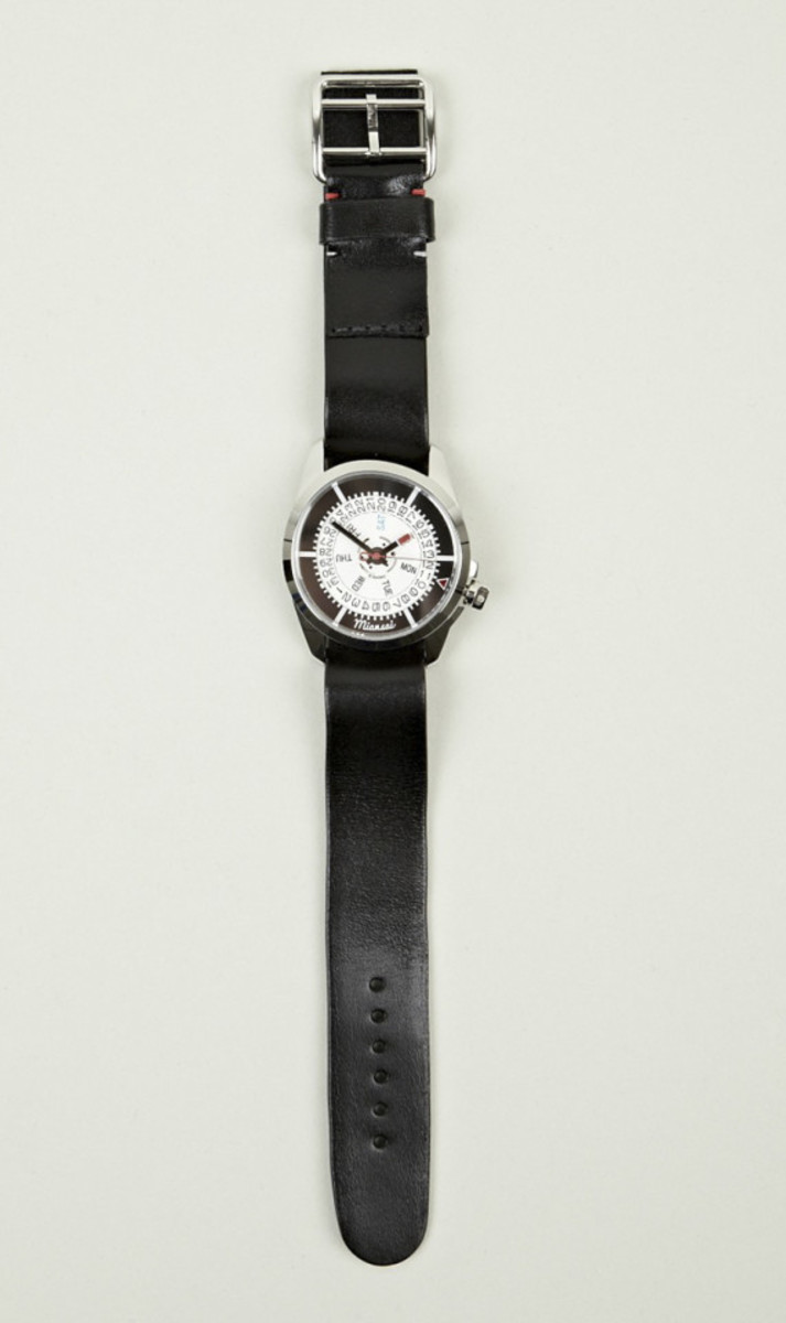 miansai-m1-all-black-leather-strap-watch-03