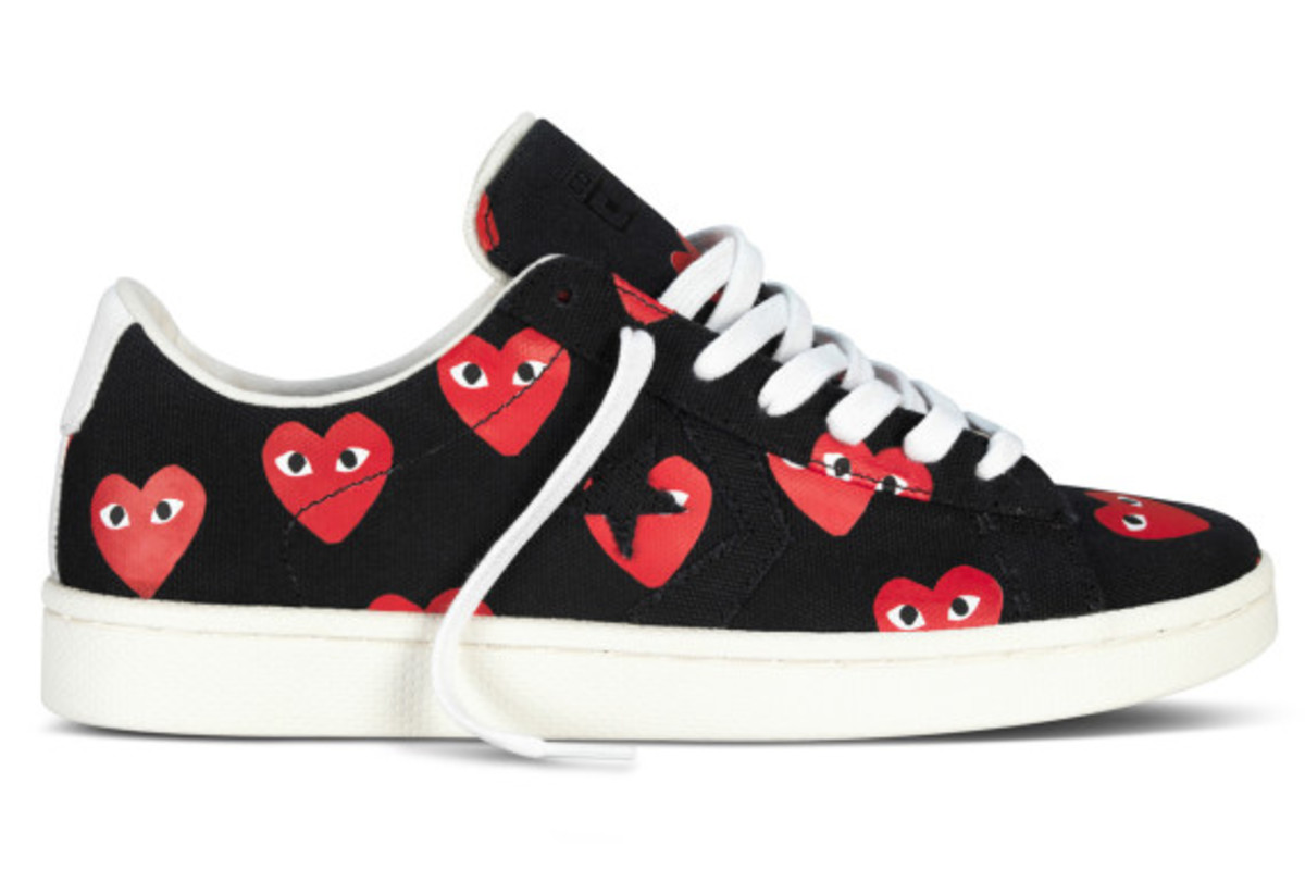 comme-des-garcons-play-x-converse-pro-leather-ox-03