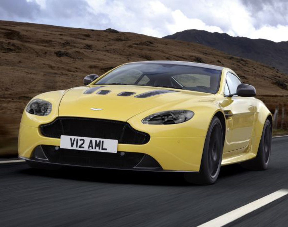Aston Martin V12 Vantage S - Officially Unveiled - 0