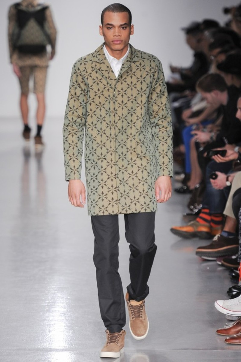 christopher-raeburn-spring-summer-2014-menswear-collection-runway-show-17
