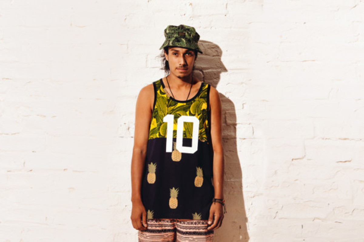 10deep-summer-2013-paradise-lost-lookbook-05