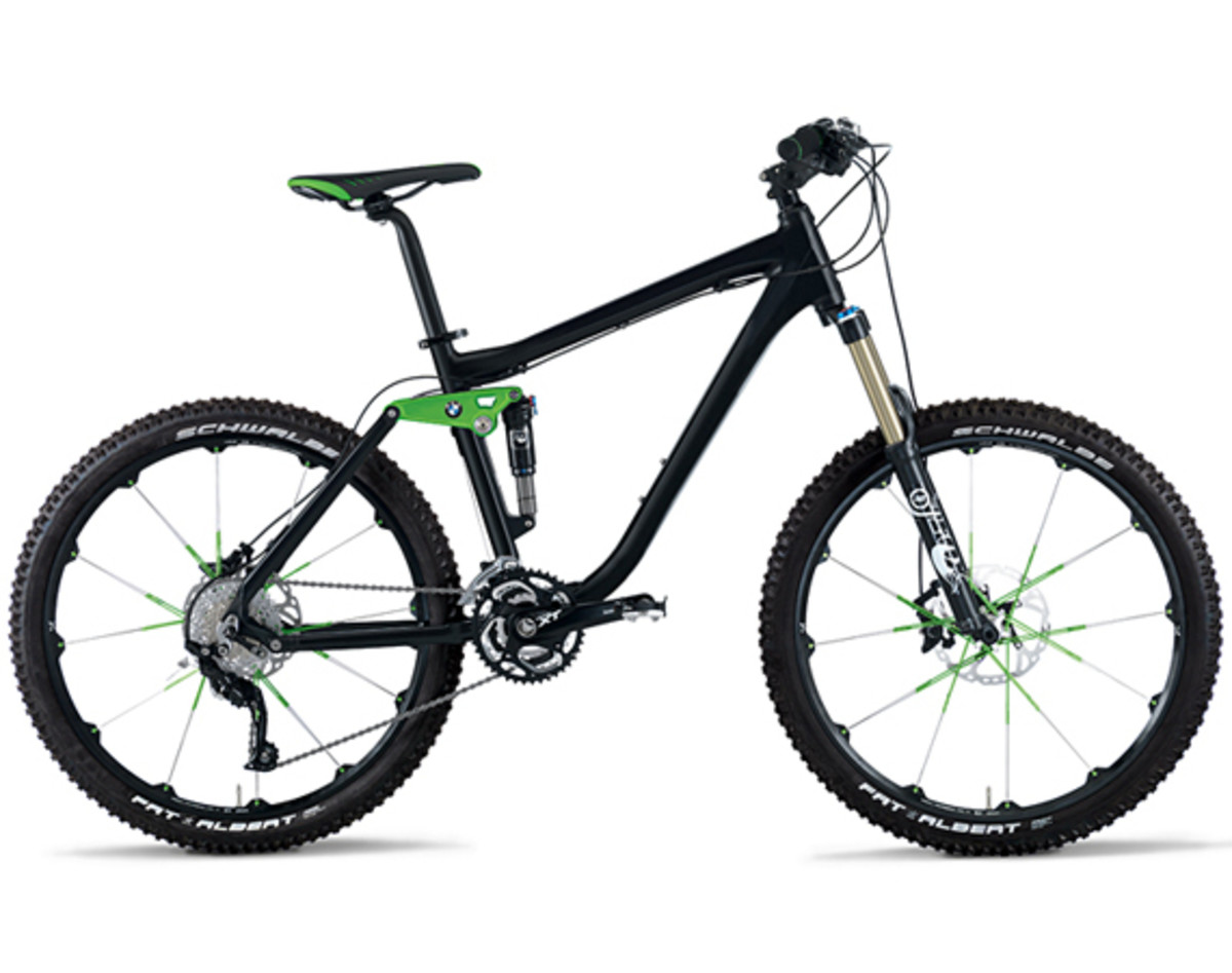 2013-bmw-mountain-bike-all-mountain-01