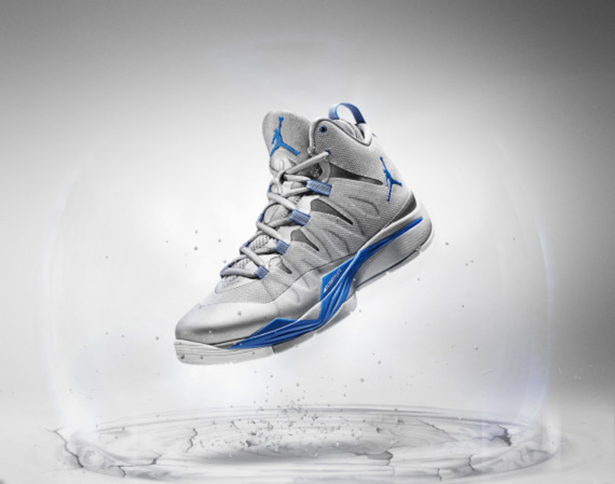 jordan-super-fly-2-officially-unveiled-with-blake-griffin-02