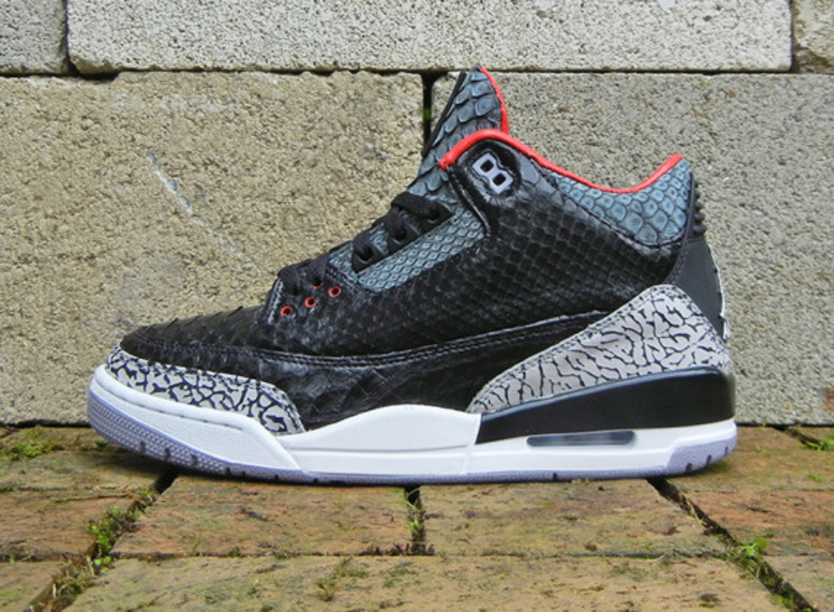 air-jordan-3-black-python-customs-by-jbf-customs-02