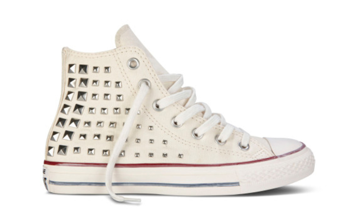 converse-chuck-taylor-all-star-collar-studs-fall-2013-collection-10