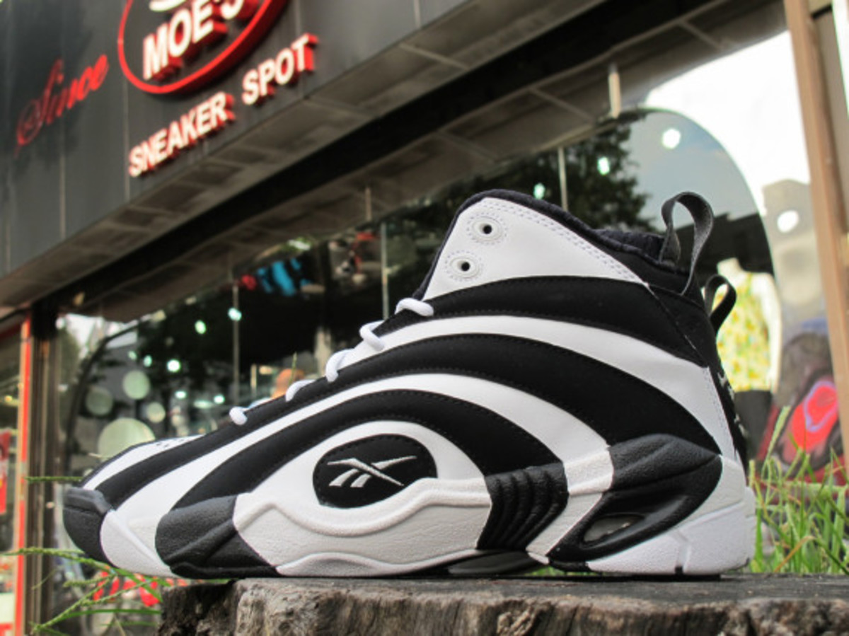 reeboq-shaqnosis-og-moes-sneaker-spot-early-release-event-02