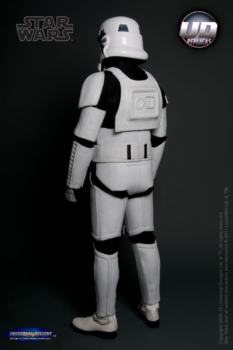 universal-designs-storm-trooper-motorcycle-suit-05
