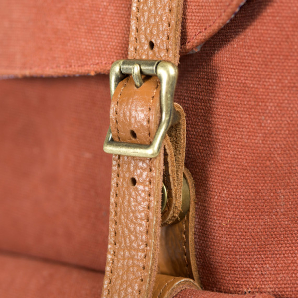 herschel-supply-co-fall-2013-cotton-canvas-collection-09