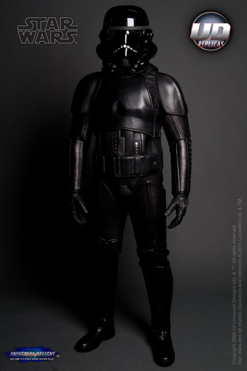 universal-designs-storm-trooper-motorcycle-suit-08
