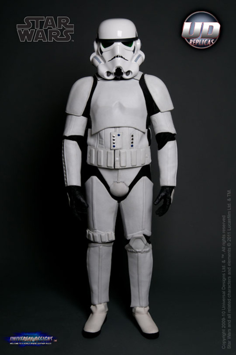 universal-designs-storm-trooper-motorcycle-suit-02