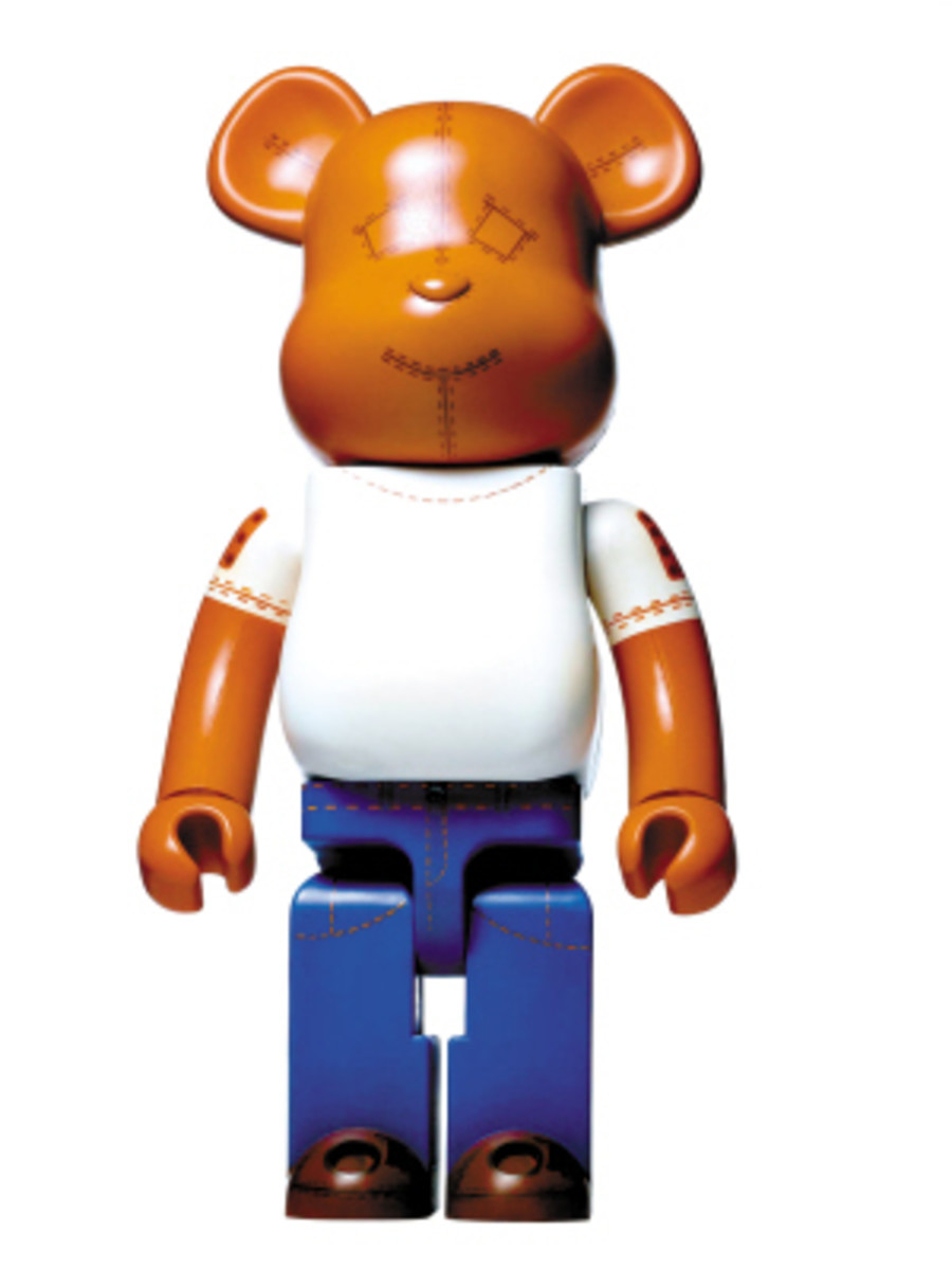 Love is Big Love is BE@RBRICK - Designers for Charity - 6