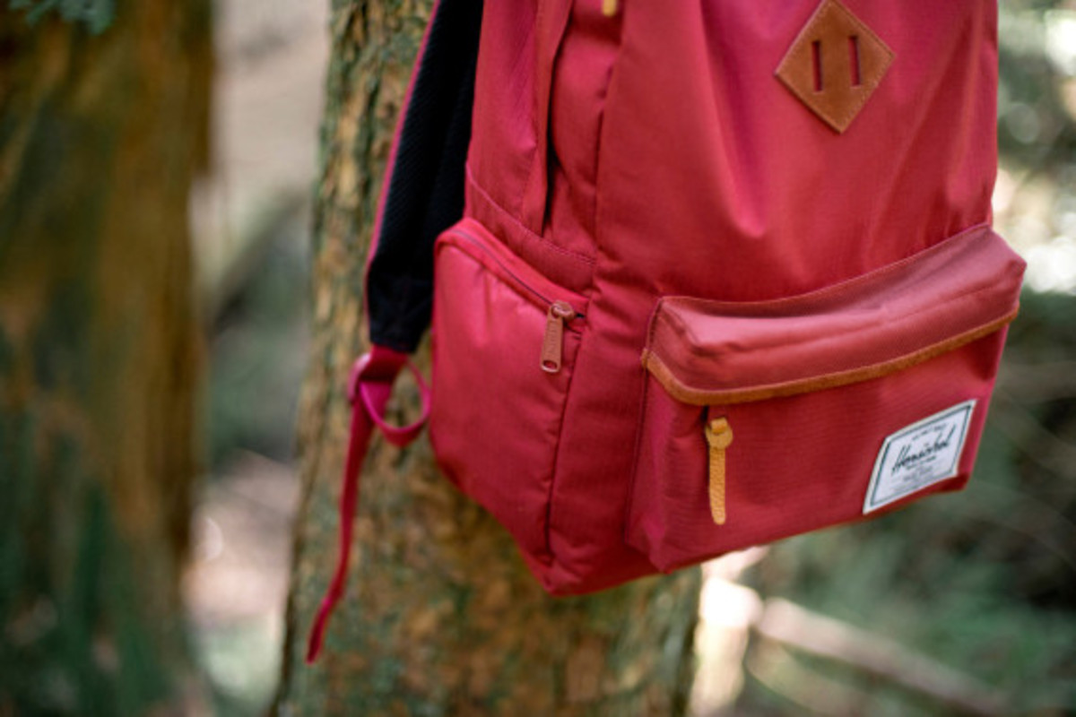 new-balance-herschel-supply-co-fall-2013-collection-12
