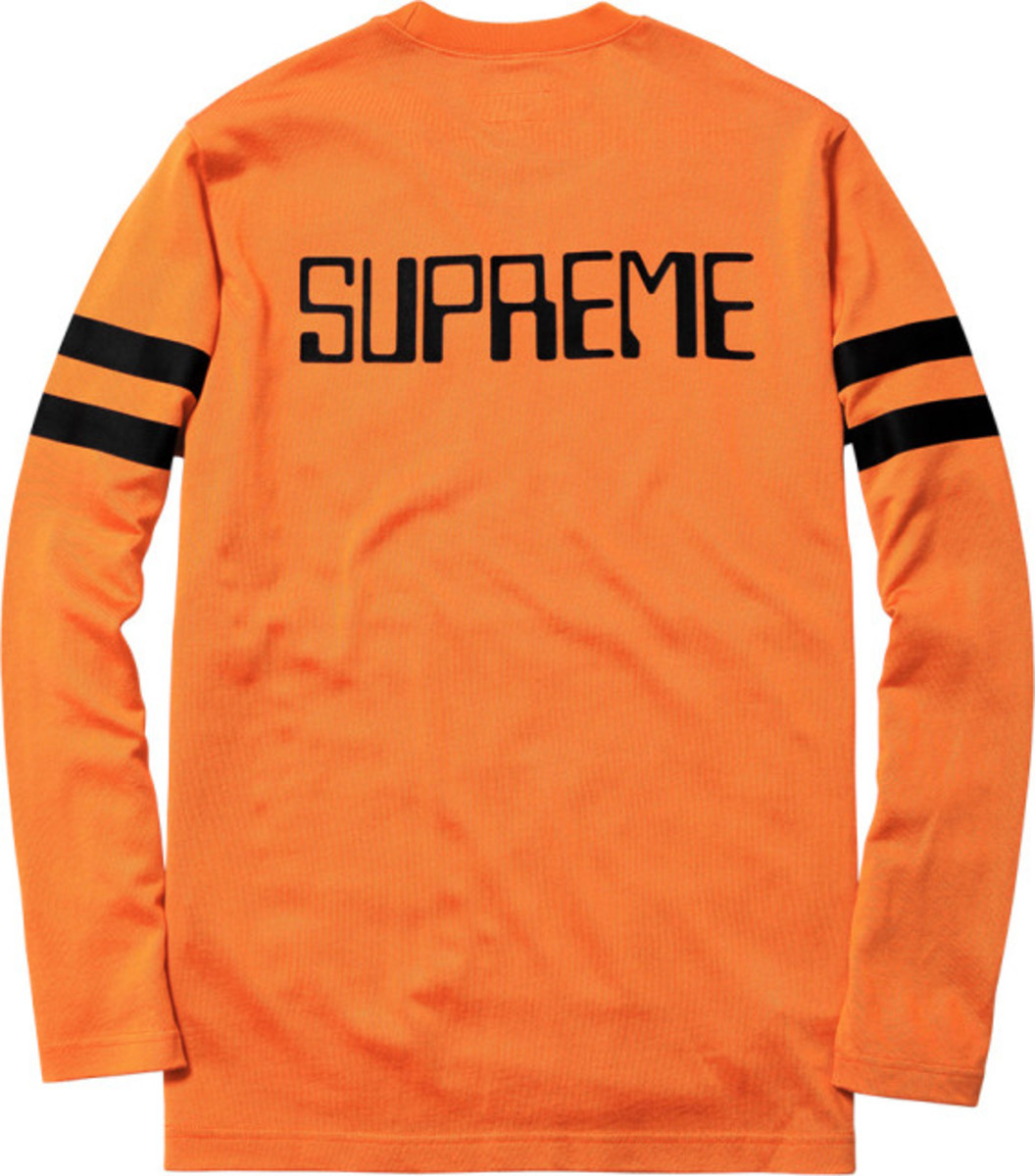 supreme-fall-winter-2013-apparel-collection-063