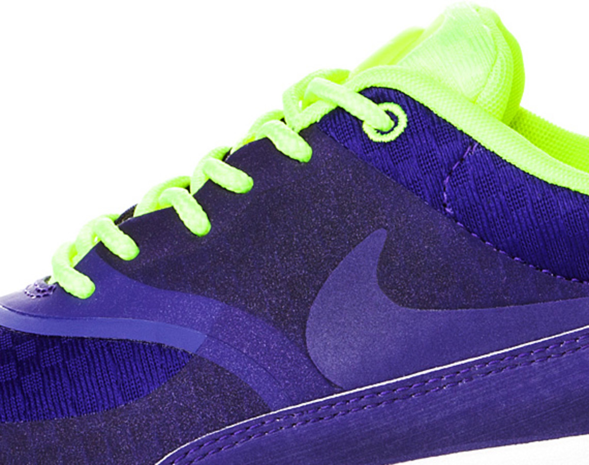nike-air-max-thea-woven-unveiled-08