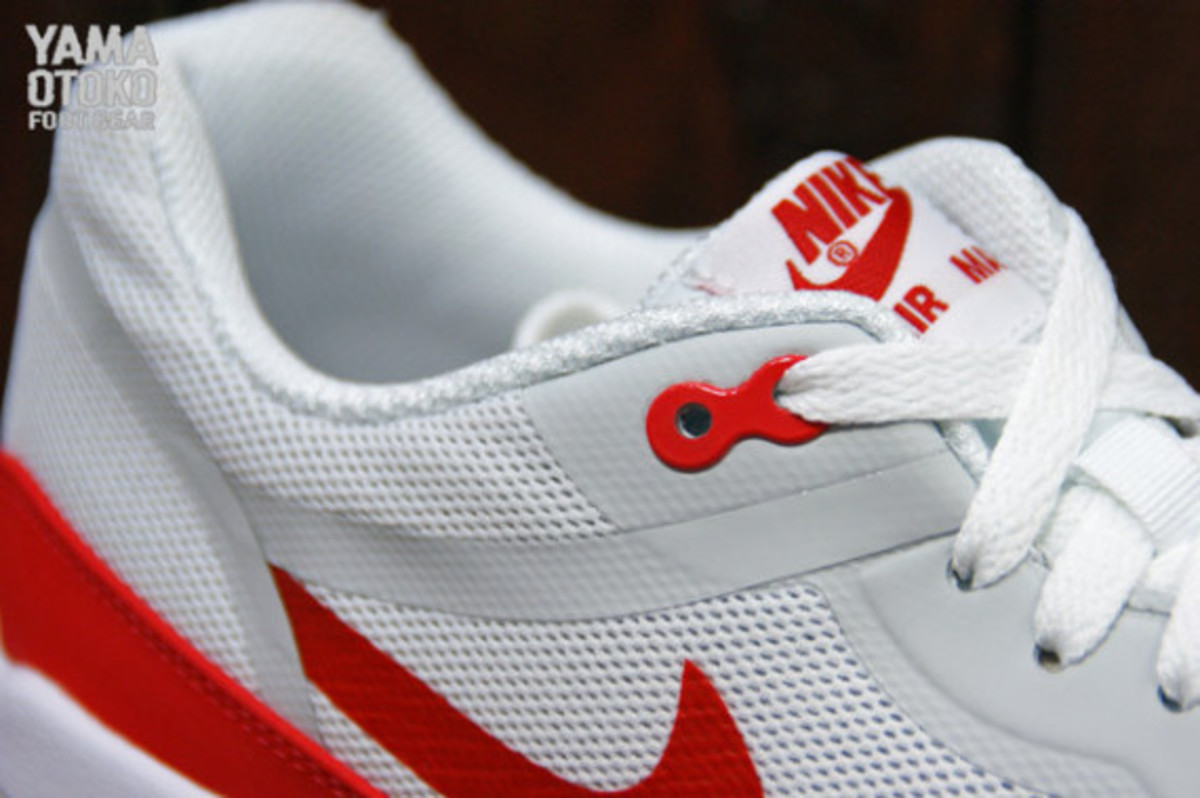 nike-air-max-1-tape-og-red-preview-05