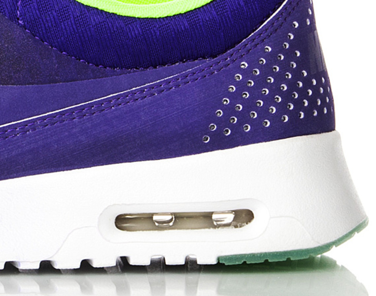 nike-air-max-thea-woven-unveiled-09
