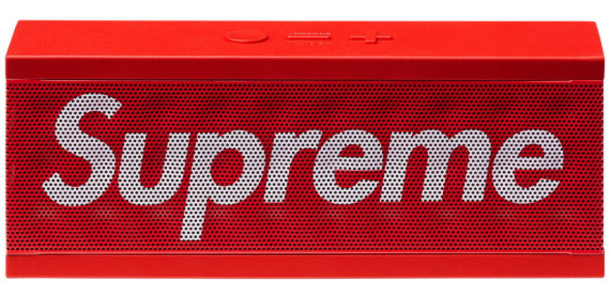 supreme-jawbone-jambox-wireless-speaker-02
