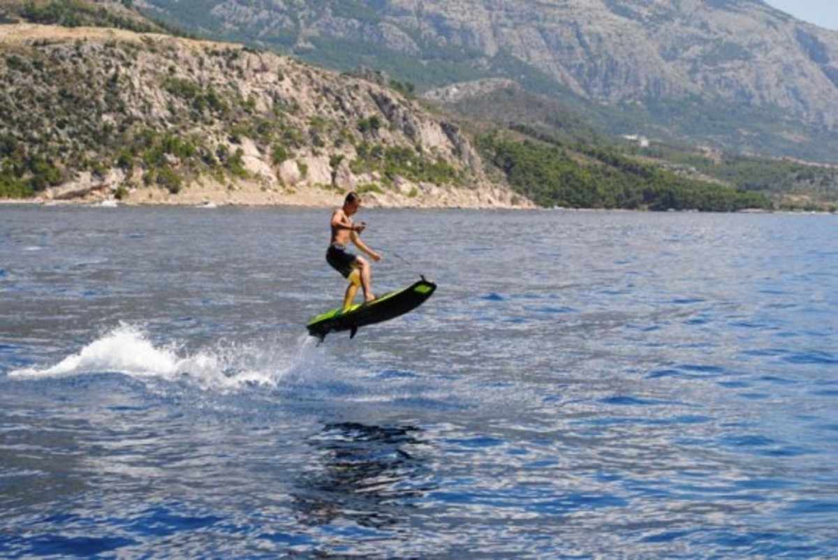 Jetsurf Gas Powered Surfboard Freshness Mag