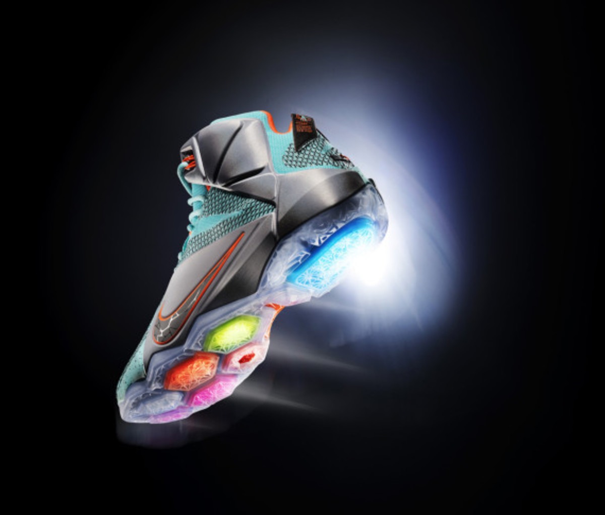 nike-lebron-12-officially-unveiled-10