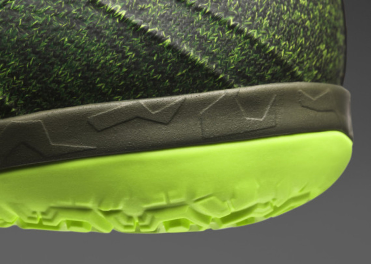 nike-launches-new-elastico-superfly-05