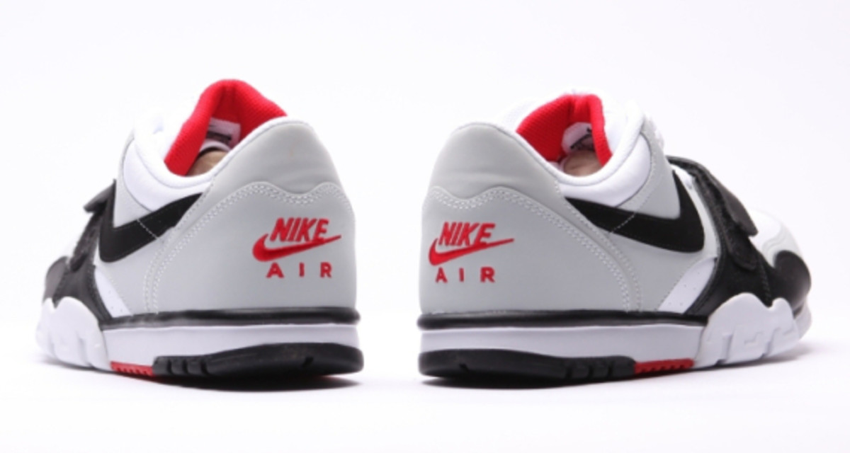 nike-air-trainer-1-low-white-black-red-10