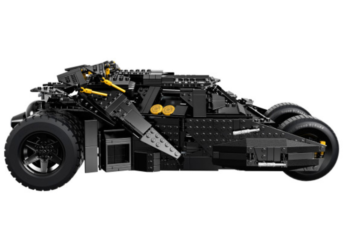lego-dc-comics-super-heroes-batman-the-dark-knight-trilogy-tumbler-kit-available-07