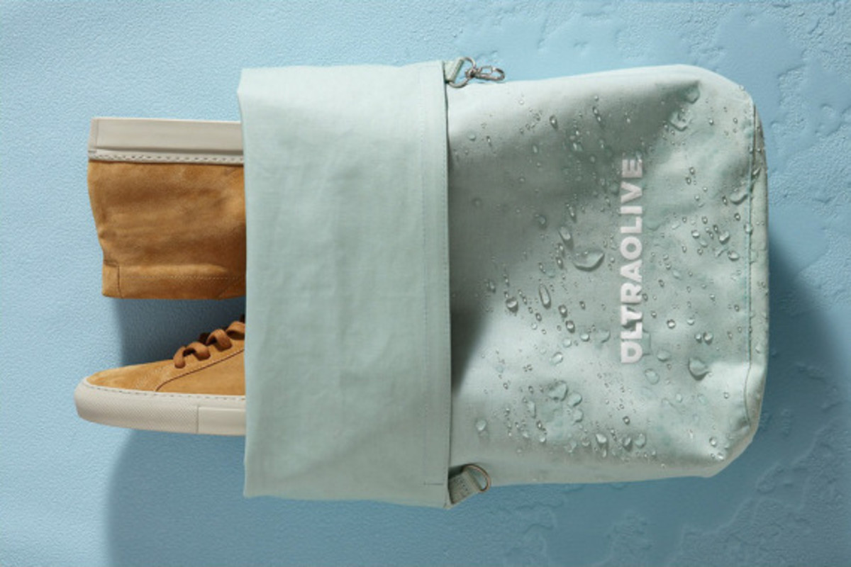 ultraolive-taped-seam-dry-bag-04