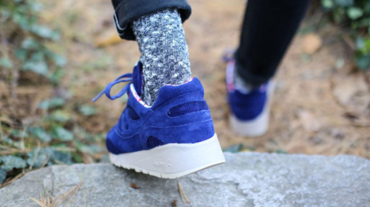 bodega-saucony-elite-shadow-6000-sweater-pack-09
